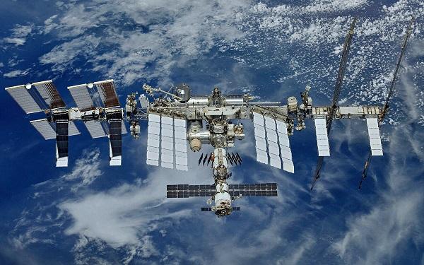 دربهای ایستگاههای فضایی بین المللی بر روی شرکتهای تجاری باز میشوند