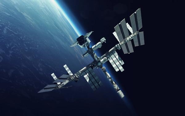 هزینههای سنگین سفر به ایستگاه بین المللی فضایی