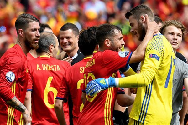مصاف حساس اسپانیا و سوئد / کار آسان جمهوری ایرلند مقابل جبل الطارق
