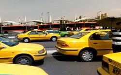 گلایه رانندگان تاکسی از وضعیت نامناسب پایانه آزادی + فیلم