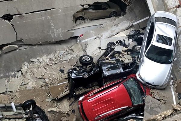 ۱۷ کشته و زخمی در حادثه سقوط یک جرثقیل در دالاس آمریکا + تصاویر