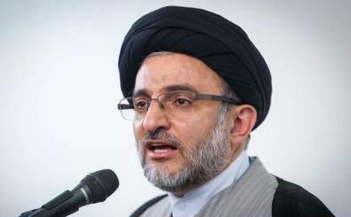 رئیس سازمان اوقاف از نمایشگاه بین المللی تجهیزات پزشکی  ایران بازدید کرد