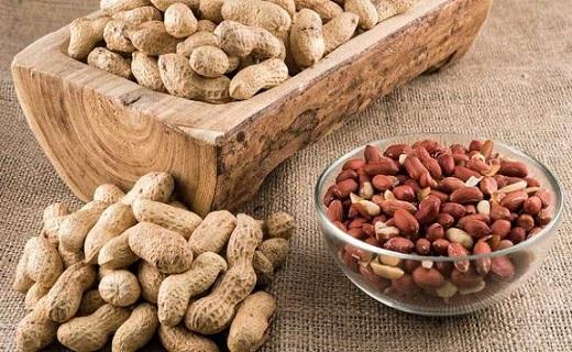قیمت انواع بادام زمینی در بازار+ جدول
