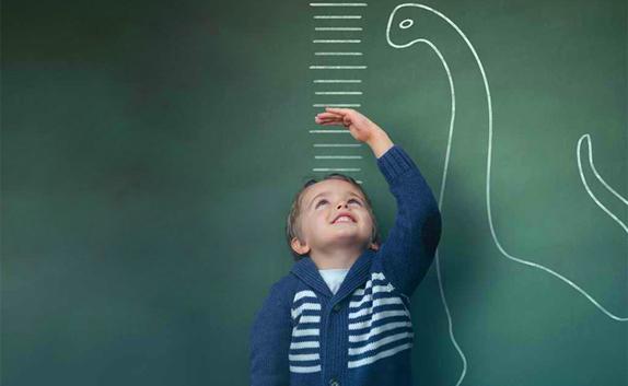 کوتاهی قد کودکان در بلندای قیمت لبنیات + صوت