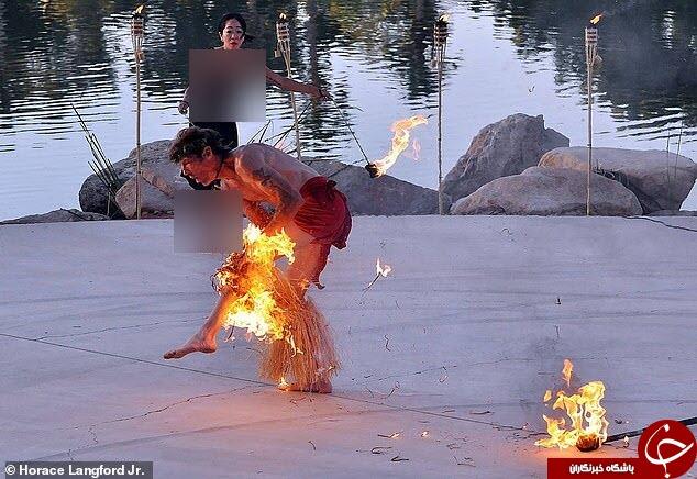 لحظه آتش گرفتن مرد جوان حین اجرای نمایش آتش بازی + تصاویر///