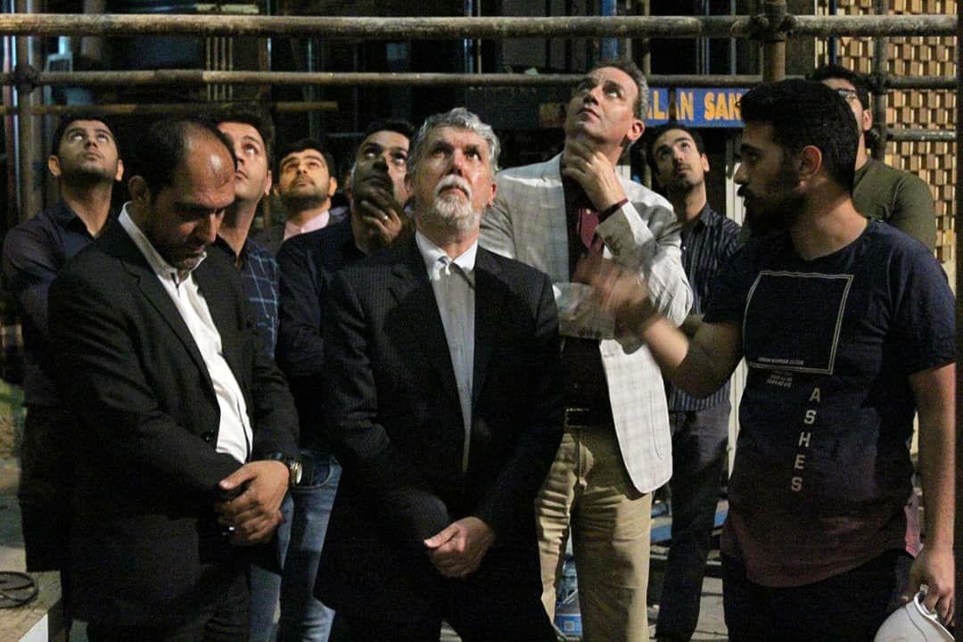 وزیر فرهنگ و ارشاد اسلامی به تماشای نمایش «کمیته نان» نشست