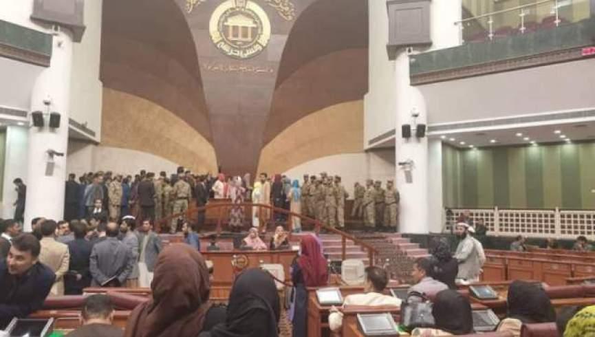 افزایش تنش ها در مجلس افغانستان بر سر کرسی ریاست