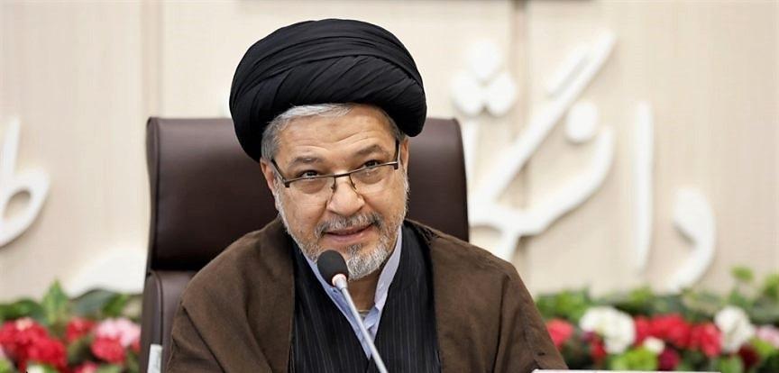 ایران باید درآمد سرانه را به بالاترین ظرفیت برساند/ نگاه بیانیه گام دوم مثبت و آیندهنگر است