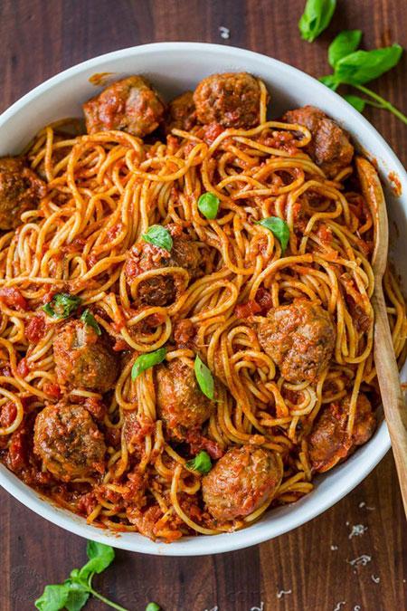 اسپاگتی با کوفتهقلقلی
