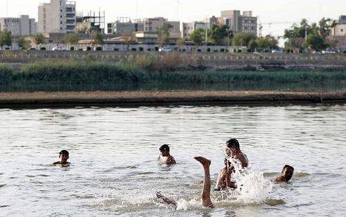 ویروسهای «آبکی»/ کدام بیماریها در استخرها و پارکهای آبی در کمین شناگران نشسته است؟