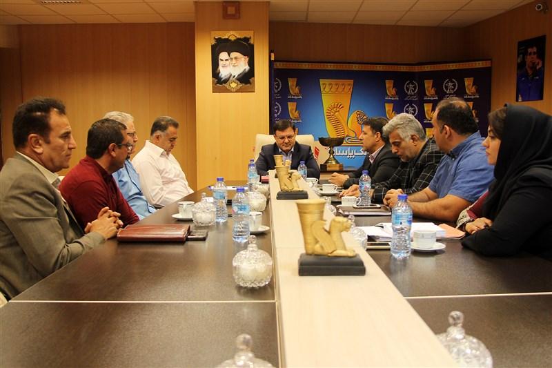 برگزاری جلسه کمیته داوران فدراسیون کشتی/ اعضای جدید حکم گرفتند