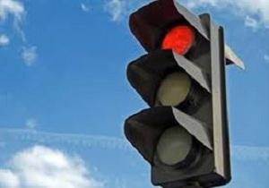 نصب بیش از ۱۳۰۰ عدد علائم ایمنی در محورهای مواصلاتی استان کرمانشاه