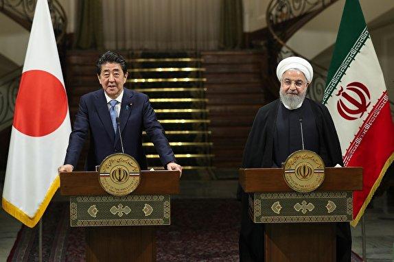 حسن روحانی: از ابراز علاقه ژاپن برای خرید نفت ایران و توسعه روابط استقبال می کنیم