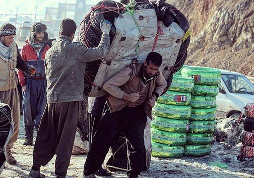 انهدام یک باند کلاهبرداری با ترفند فروش مجسمه طلا در اصفهان/ضاربان خانم آمر به معروف در خمام شناسایی شدند/احتمال آتشسوزی نفتکشها به دلیل مشکل فنی