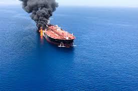 رای الیوم: احتمال دارد سرویسهای اطلاعاتی آمریکا و اسراییل پشت انفجار نفتکشها در دریای عمان باشند