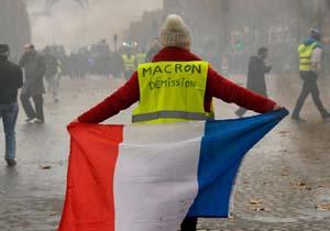 بحران حل نشدنی اعتراضات در فرانسه