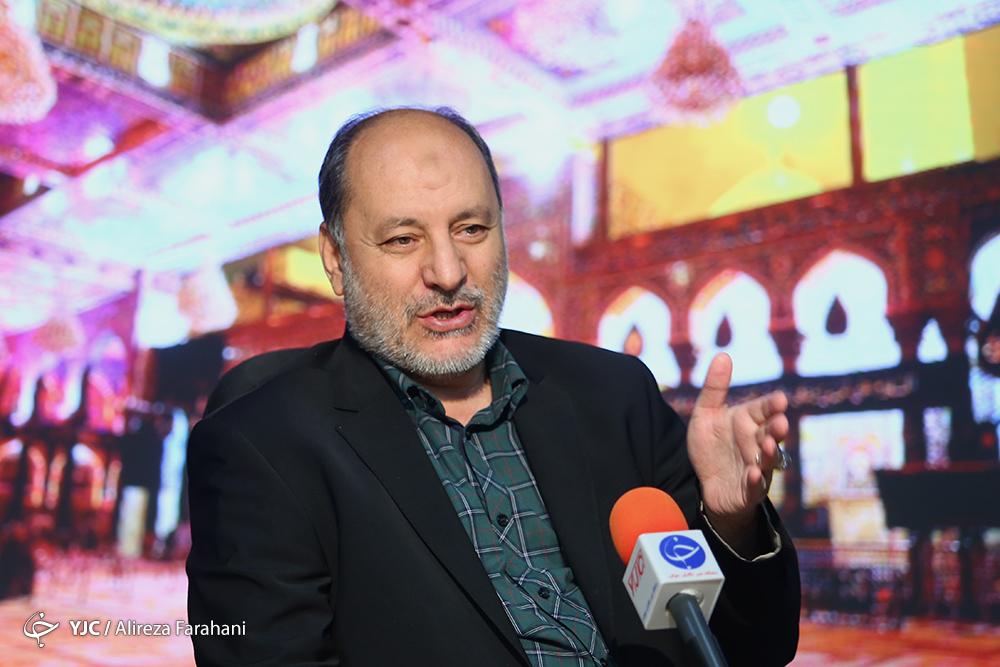 باید خلا فعالیت های فرهنگی در اربعین را ایرانی ها جبران کنند / باید جوانان سکان دار کارهای اجرایی هیئت ها شوند