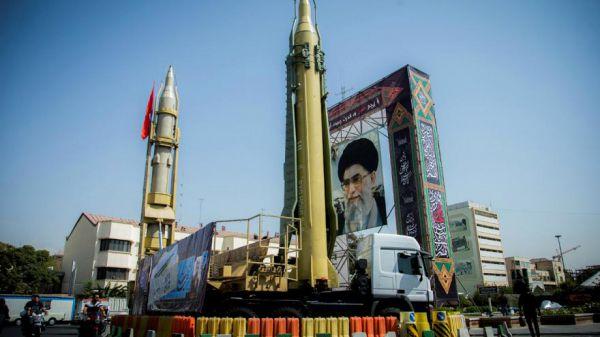 مهمترین موشکهای ایران را بشناسید/ از موشک بالستیک سجیل با برد 2 هزار کیلومتر تا موشک ضد تانک توفان + جدول