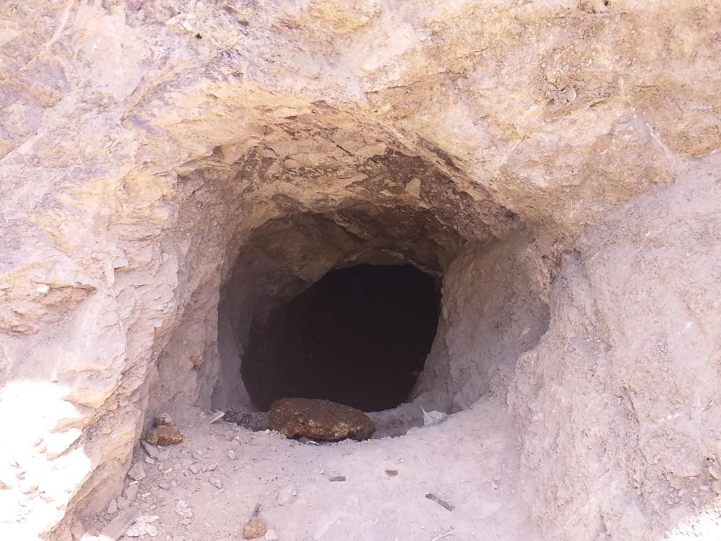 کشف غار دست ساز انسانی در محله تاریخی پای قلعه نهاوند