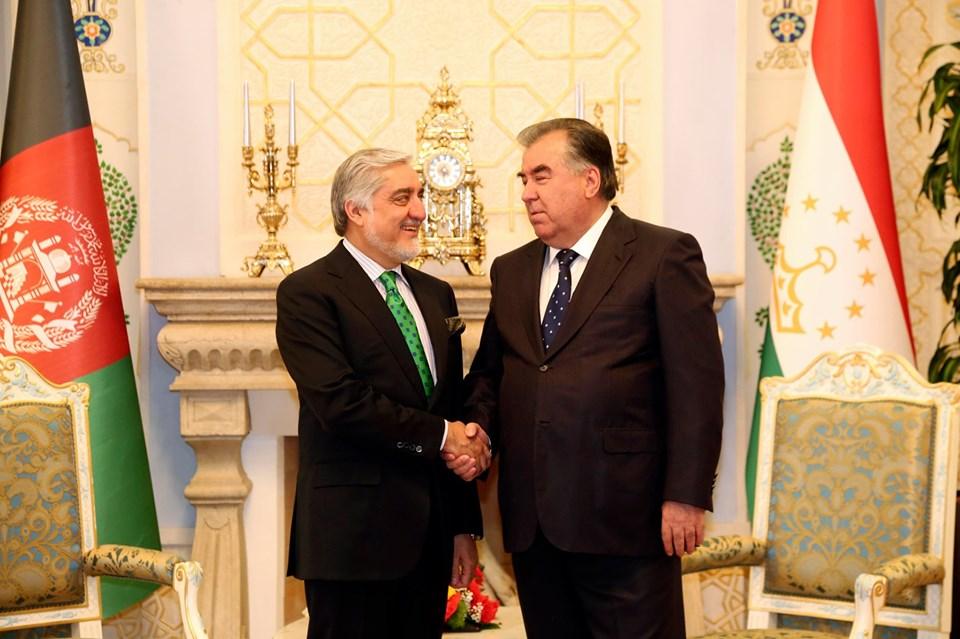 عبدالله با رئیس جمهور تاجیکستان دیدار و گفتگو کرد