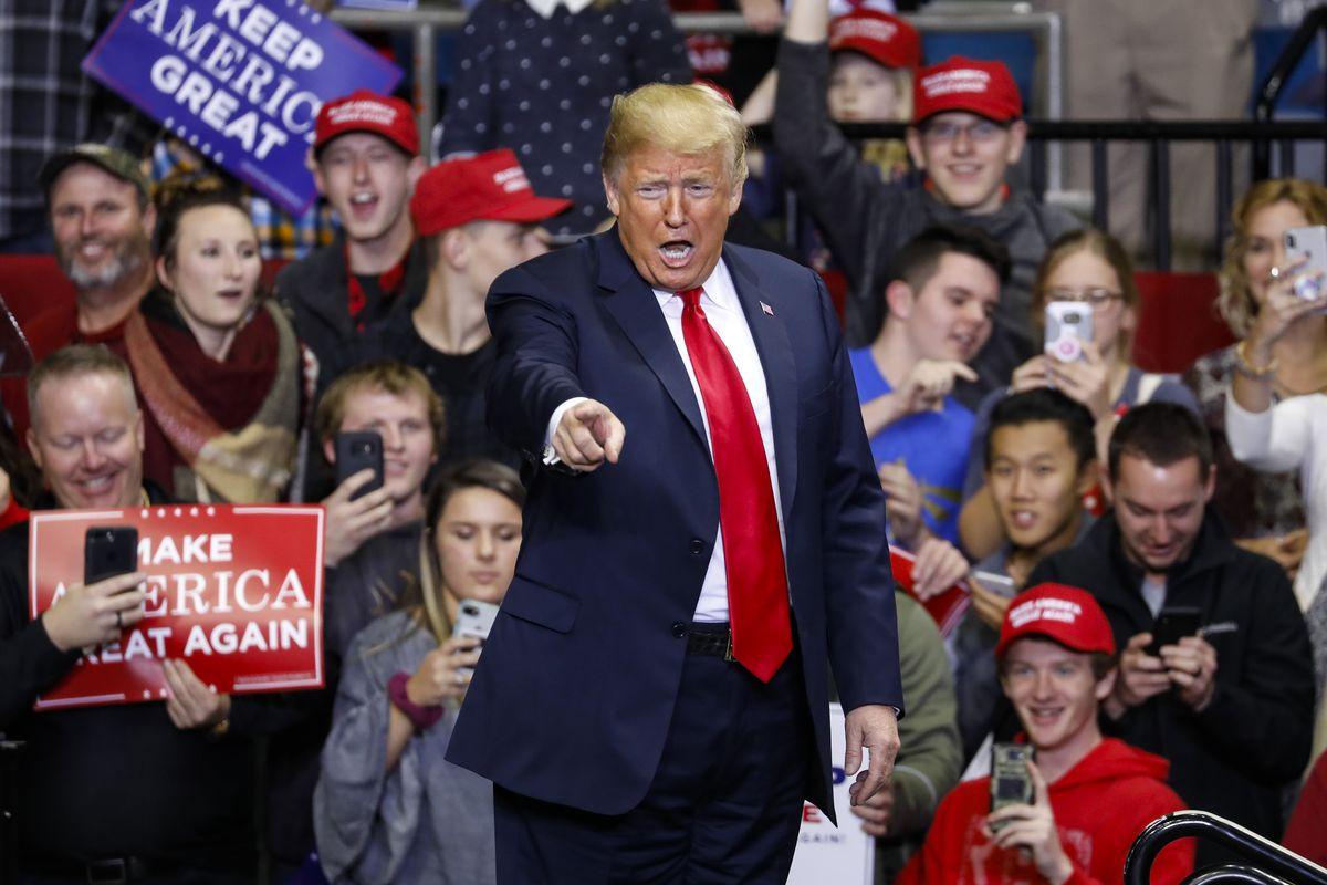 آغاز تبلیغات انتخاباتی ترامپ از روز سهشنبه