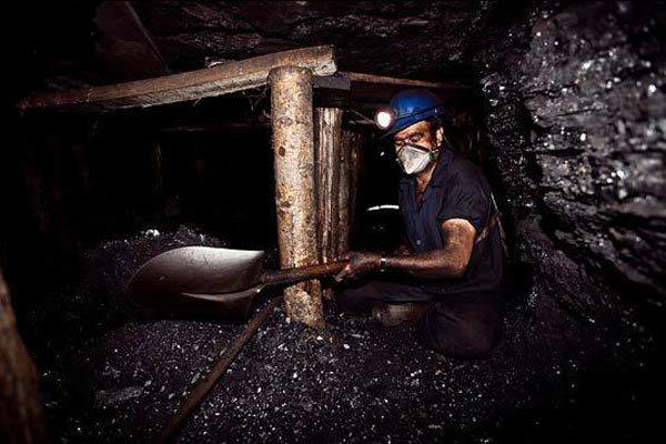 ریزش آوار در معدن چمستان به آمل حادثه آفرید