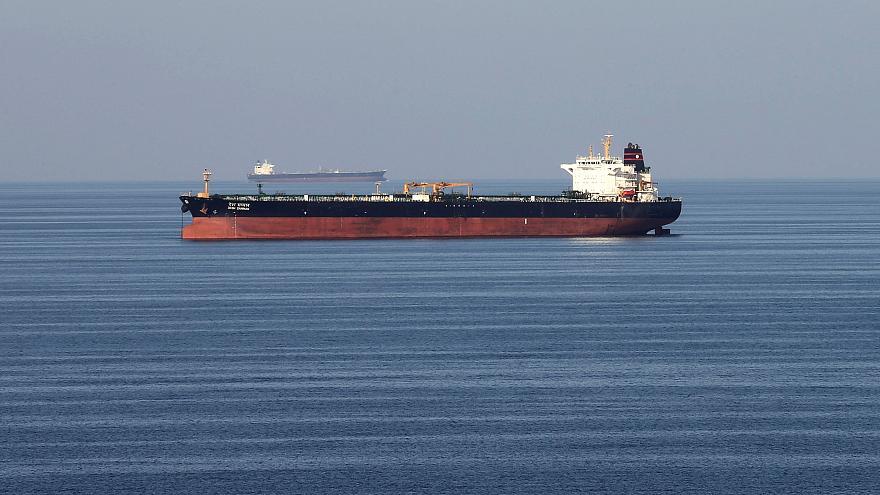 اظهارات نامطمئن وزیر خارجه امارات درباره حمله به نفتکشها