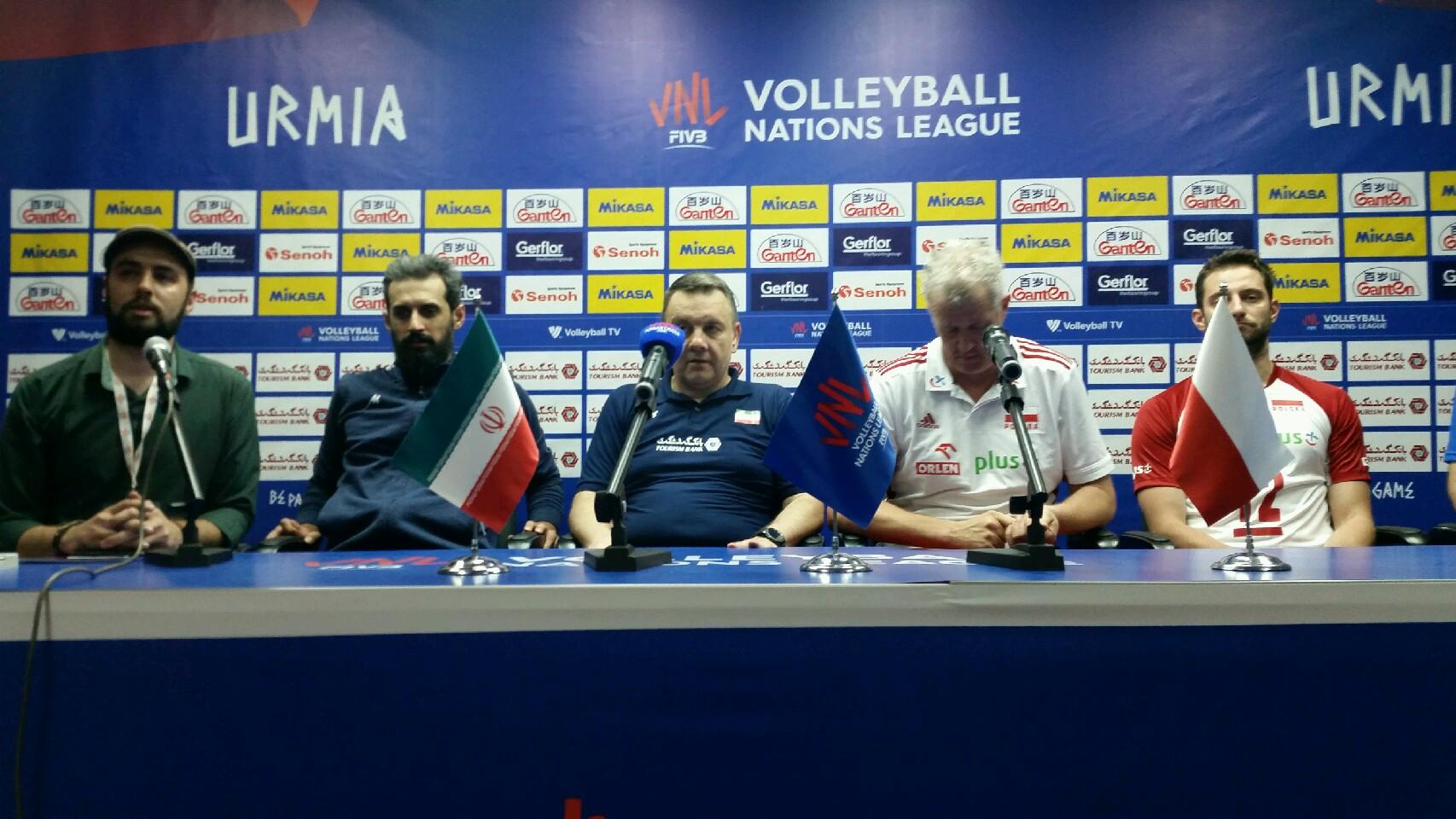 کولاکوویچ:ایران بازی خوبی به نمایش گذاشت/معروف: با حمایت پرشور هواداران توانستیم پیروز میدان شویم