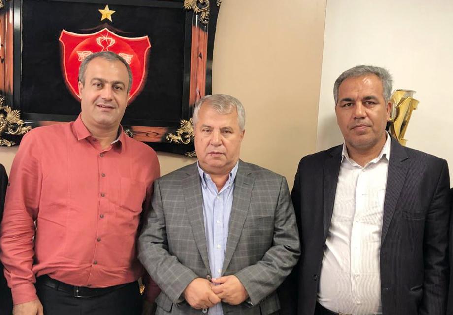 عیادت عرب و خبیری از علی پروین
