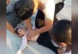 نجات دختربچه غرق شده از داخل دریاچه/ جان گرفتن دوباره کودک با امدادرسانی به موقع + فیلم