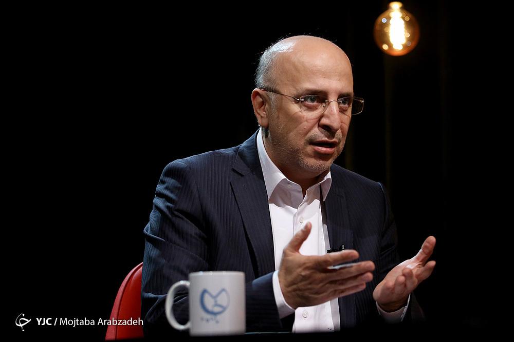 حمید قبادی دبیر کارگروه ساماندهی مد و لباس ایران