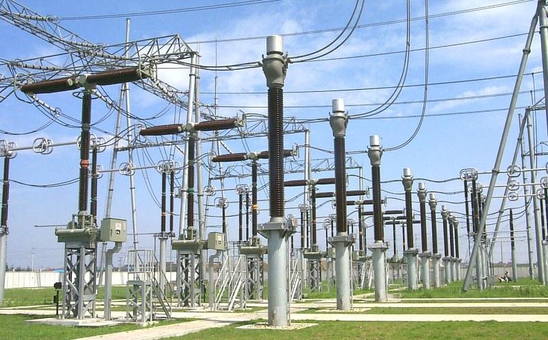 صادرات برق جایگزینی مناسب برای درآمدهای نفتی/ نیازی به واردات نداریم