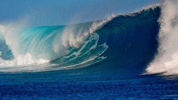 ارتفاع موج در دریای عمان به ۳ متر میرسد