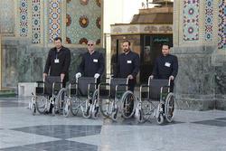 زیارت آسان زائران سالمند و کمتوان در آستان قدس رضوی