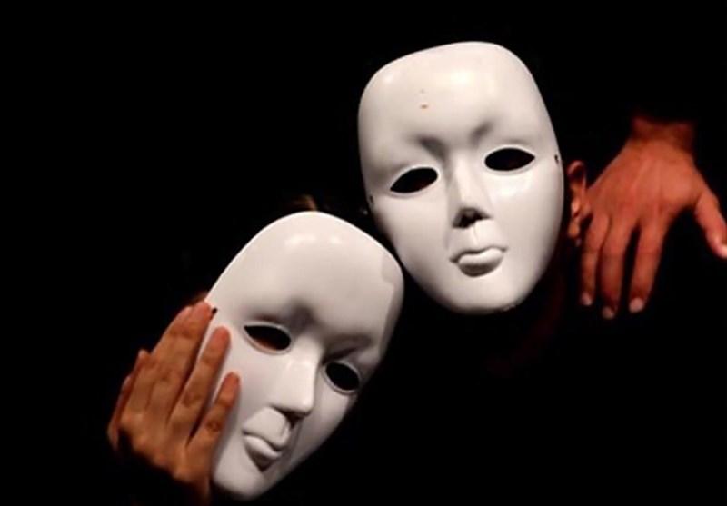 از ترویج عشقهای مثلثی تا تبلیغ همجنسبازی زیر چتر حمایت سلبریتیها/این روزها در سفراتخانه های اروپایی تهران و صحنه های تئاتر چه می گذرد؟
