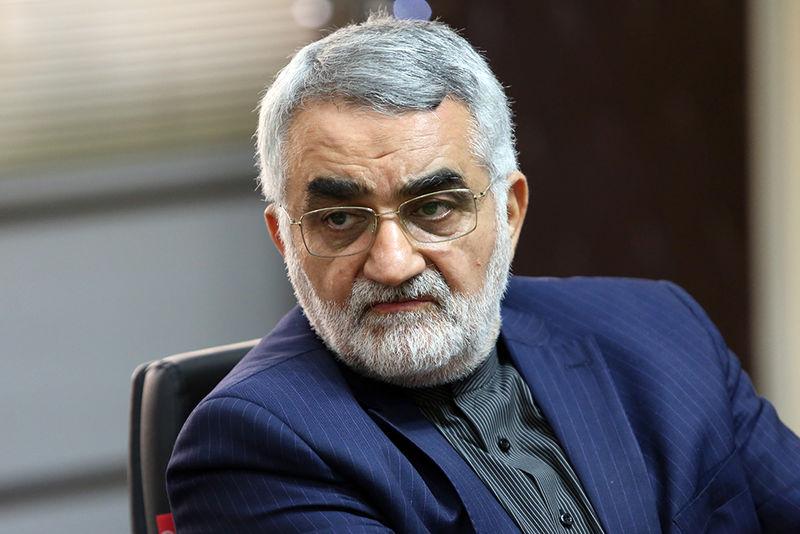 واکنش بروجردی به احتمال خرید سامانه موشکی اس ۴۰۰ از سوی ایران
