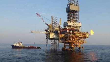 فرسودگی سکو ها و تاسیسات نفتی یکی از عوامل آلودگی دریاها است / تاثیر تحریم ها بر افزایش آلودگی نفتی در خلیج فارس