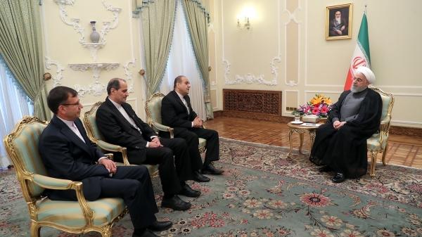 سفرای جدید ایران در یونان، اندونزی و الجزایر با دکتر روحانی دیدار کردند