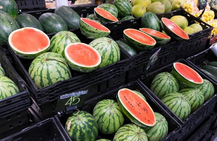 نگاهی به فواید و مضرات مصرف «هندوانه»؛ با هندوانه به جنگ گرمای تابستان بروید