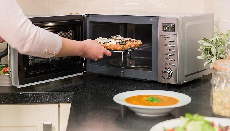 پخت و پز با ماکروویو ضرر دارد؟