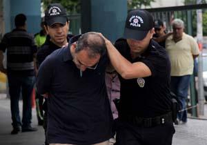ادامه موج بازداشتها در ترکیه/ ۱۵۴ افسر تُرک بازداشت شدند