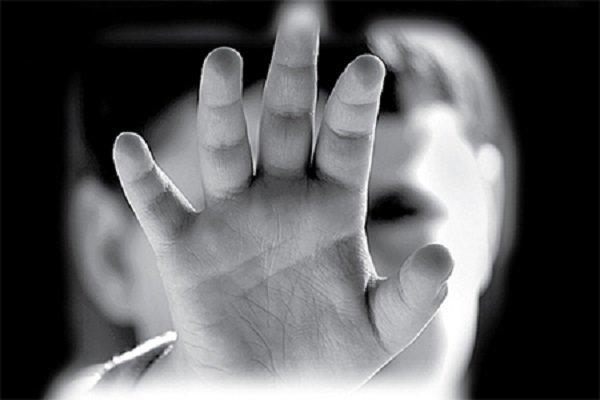 صدور قرار قانونی برای والدین طفل آزاردیده اردستانی