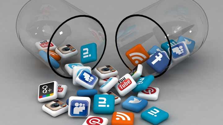سبک زندگی با طعم گوشی های هوشمند / تاثیر استفاده از تلفن همراه هوشمند بر سبک زندگی کاربران ایرانی