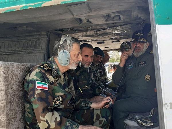 سرلشکر موسوی از پایگاه هوانیروز اصفهان بازدید کرد