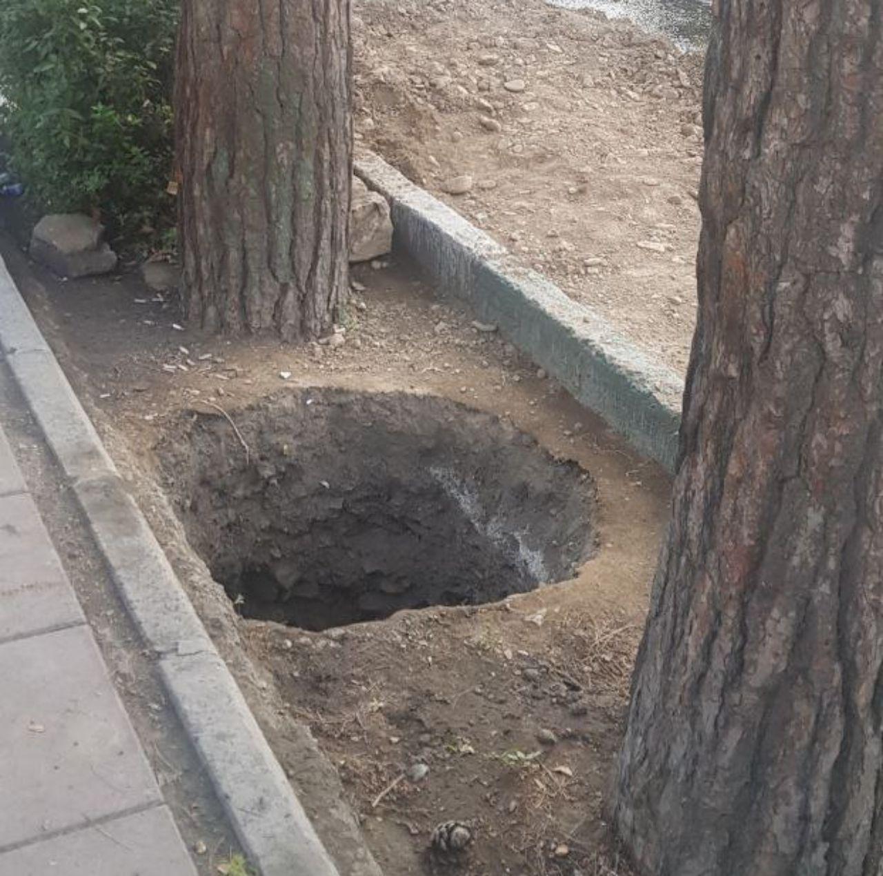 پنجشنبه///پایان کار چاه حفر شده در محدوده دانشکده کشاورزی کرج
