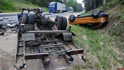باشگاه خبرنگاران - مرگ دو راننده در تصادف وحشتناک کامیون و خودروی سواری + فیلم