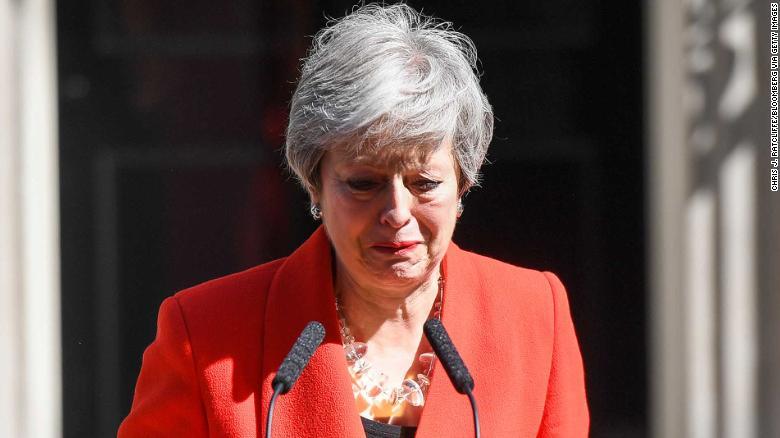 نخستوزیر انگلیس استعفا کرد