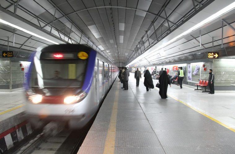 ساعت کار مترو تهران در شبهای قدر