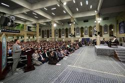دستنوشته جالب دانشجویان سیلزده خوزستانی در دیدار با رهبر انقلاب +عکس