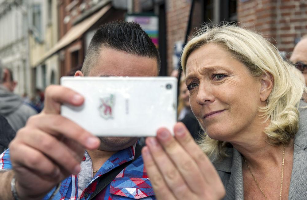 سلفی با سیاستمداران دنیا + تصاویر